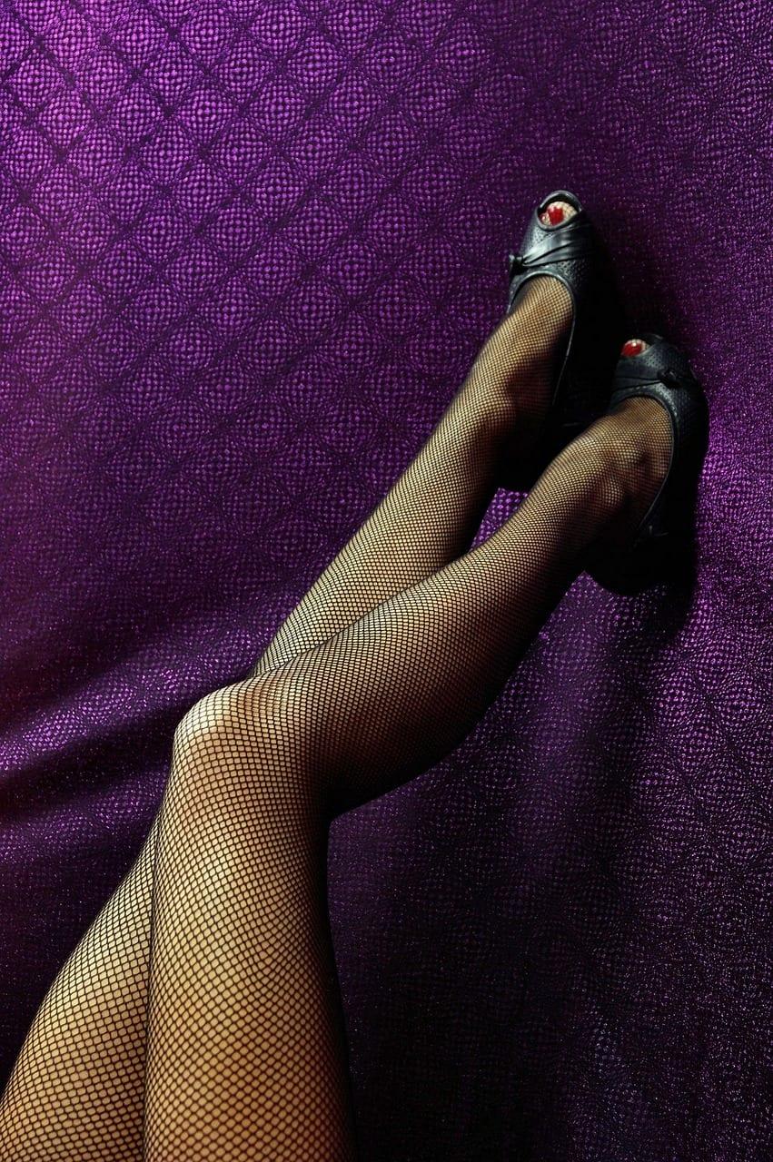 Tendencia a contrair as pernas