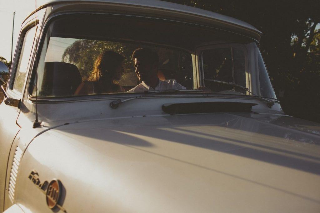 Casal de namorados no Ford
