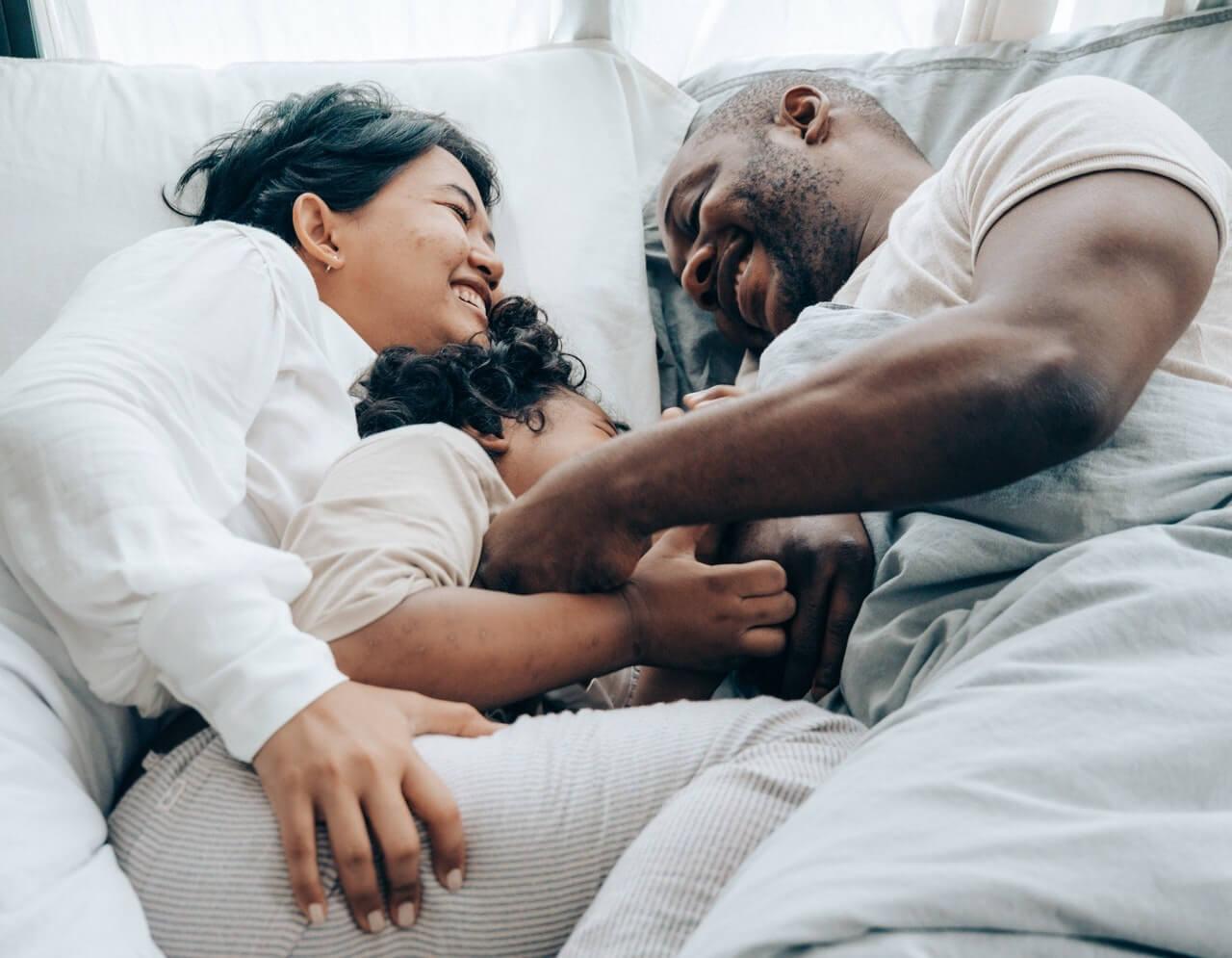 Filhos que dormem com os pais